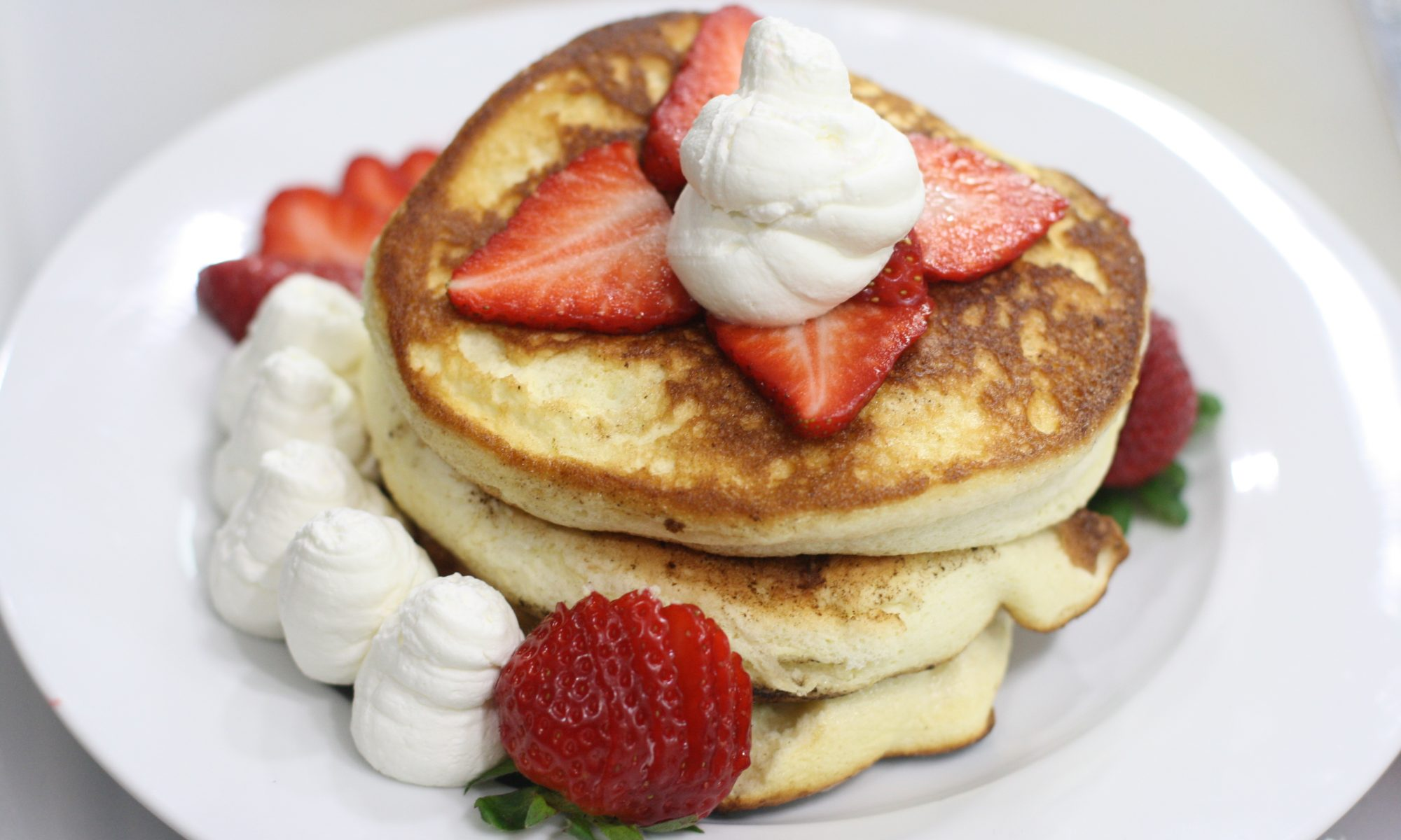 Souffle Pancakes with Strawberries